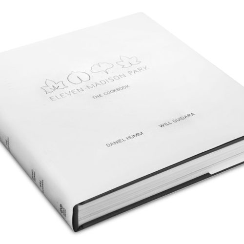 купить книгу Eleven Madison Park: The Cookbook - Daniel Humm Дэниэл Хамм